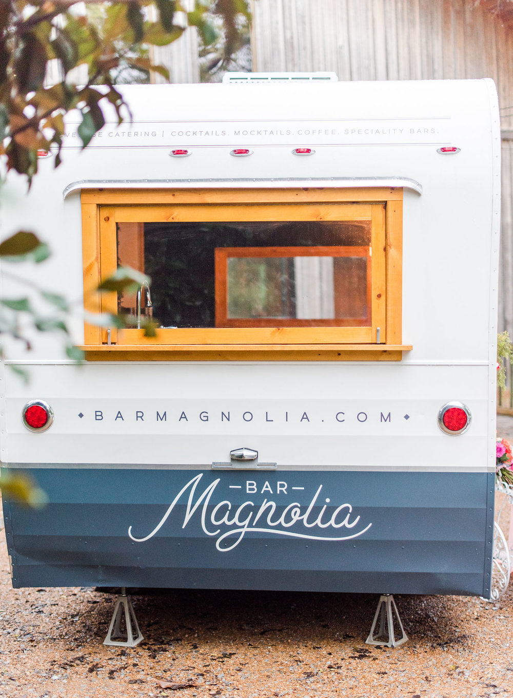 Vintage Camper Bar - Bar Magnolia - Mobile Bar - Bartending Service