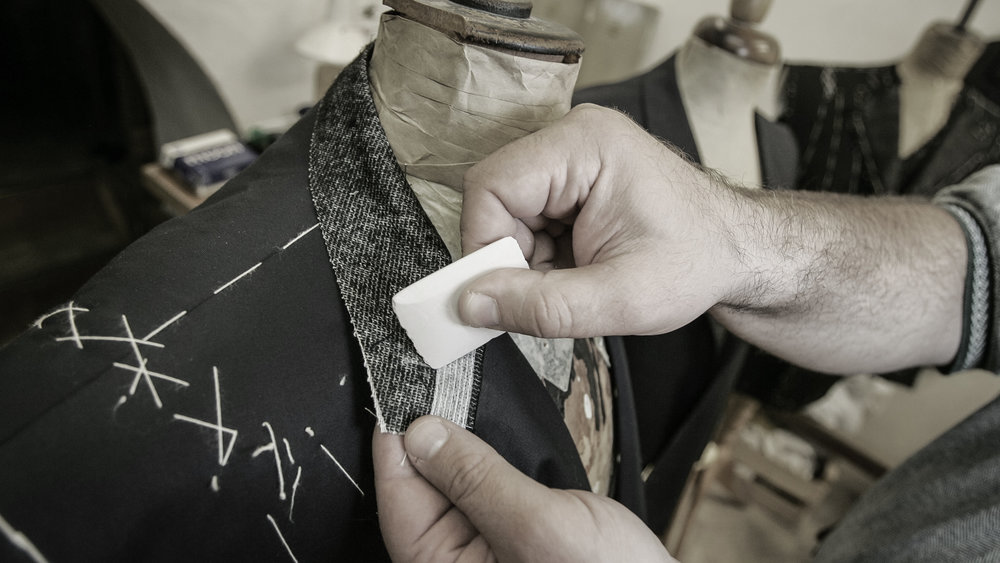 Quality Craftsmanship - Robert Stanley prides itself on quality. Each garment is crafted with a floating full canvas. Using over 50 measurements, we help create the perfect garment made to fit you