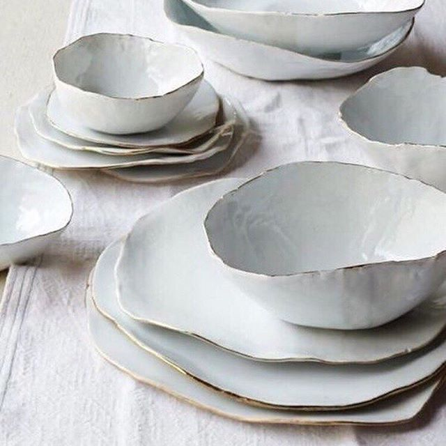 Major inspiration from these dishes. They seem so simple, but the gold trim makes them so elegant while the crumpled factor gives them so much texture! Can you see how these can be translated to some floral blooms to embellish a gown?