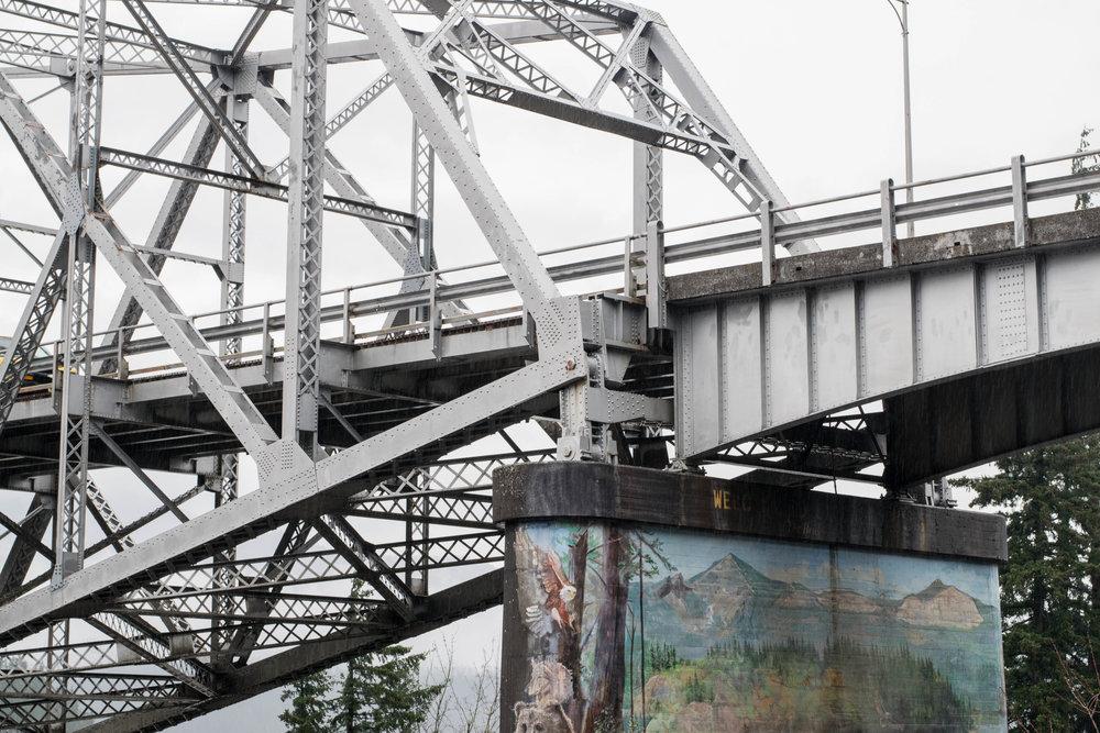 BridgeofGods-8.jpg