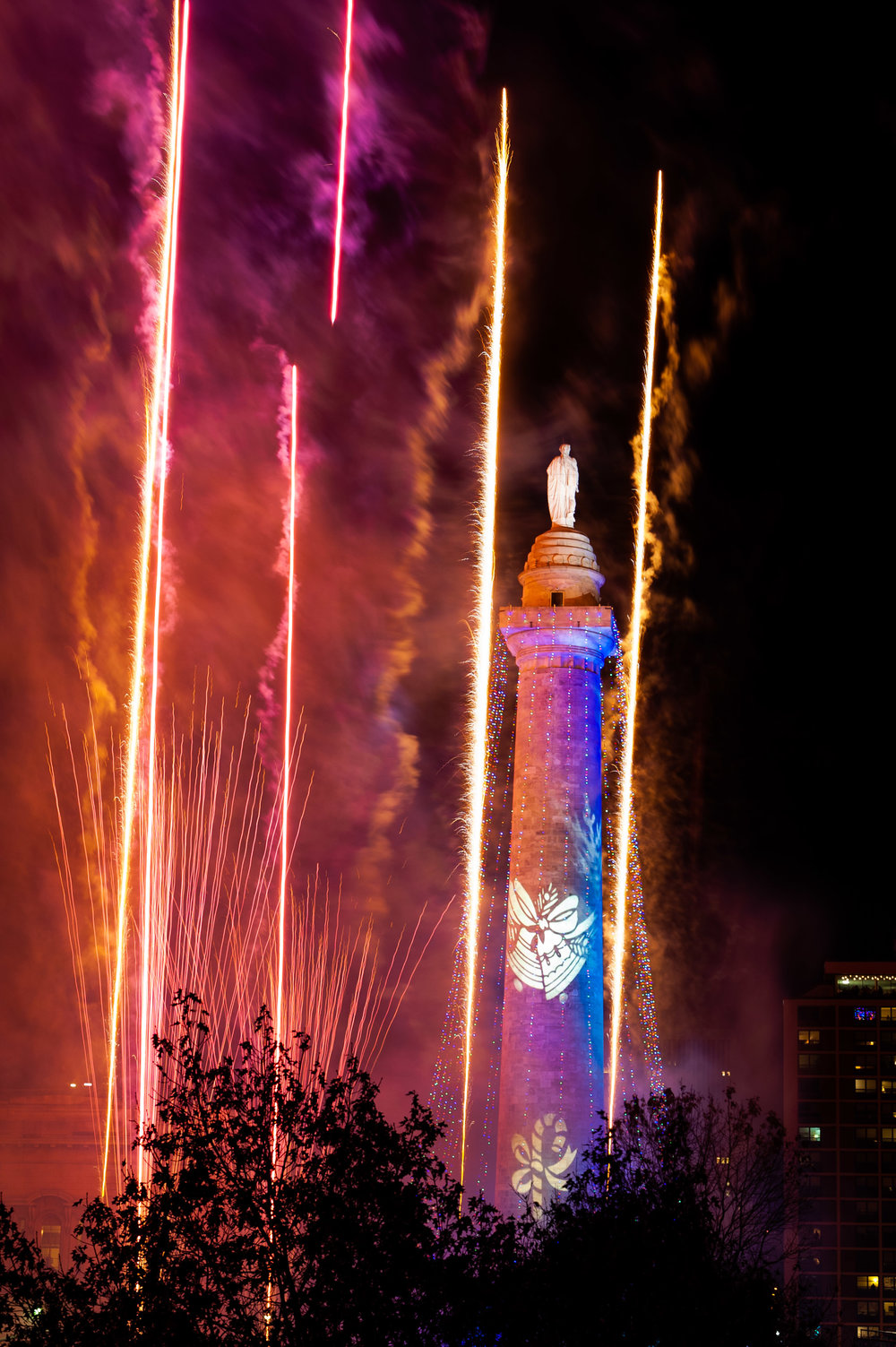 Monument Lighting 2018-9.jpg