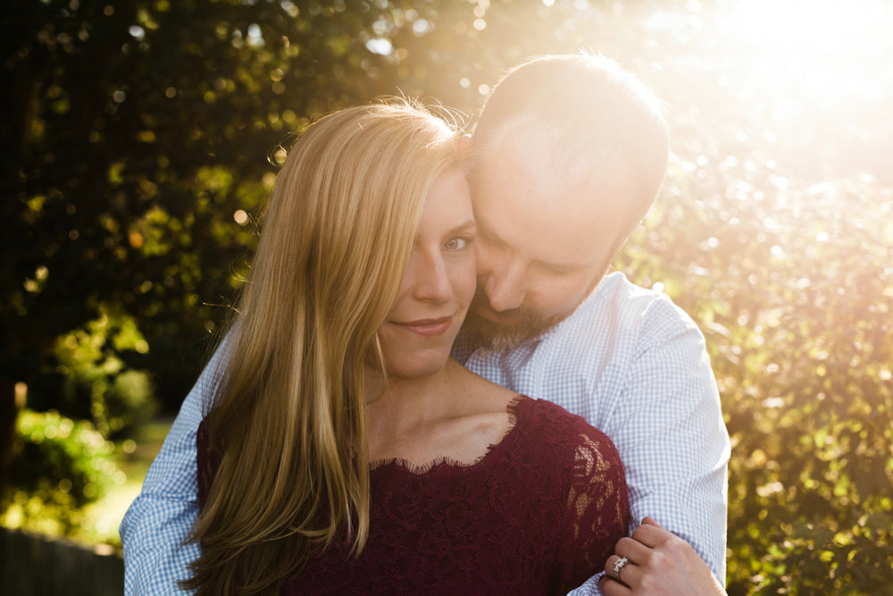 Autumn Engagement Session Ideas in Colonial Williamsburg