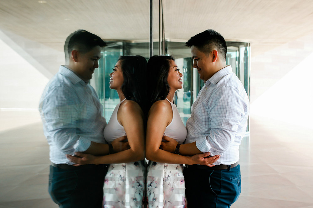 Unique Engagement Photos for Brides & Grooms