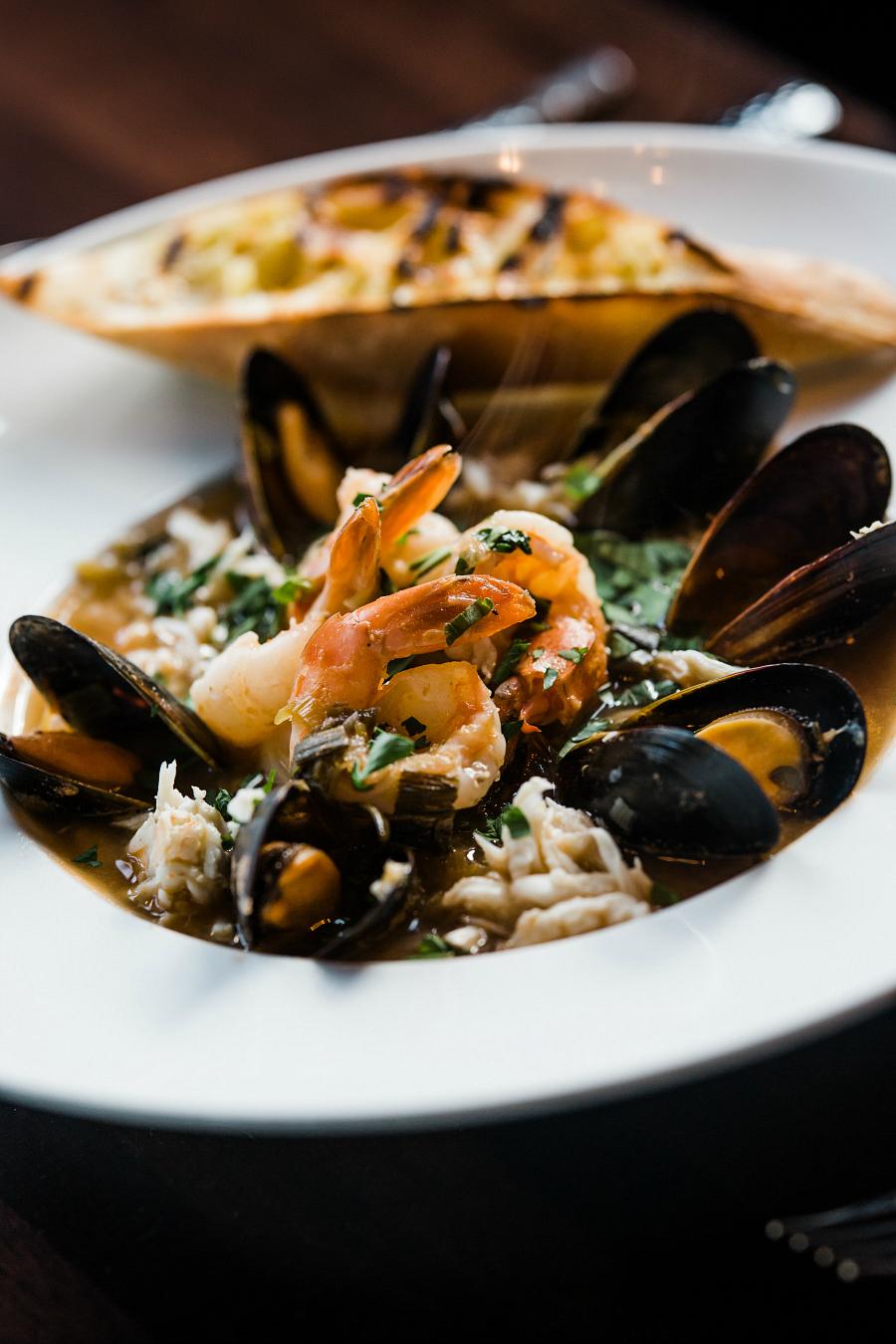 Cioppino Seafood Stew Food Photo