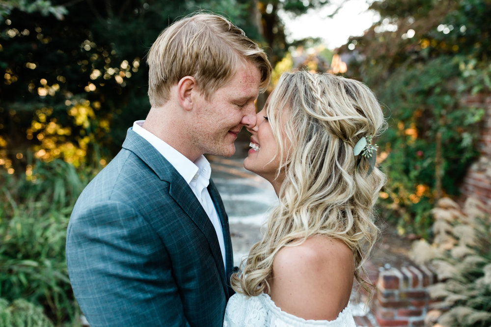 Colorful & Bright Wedding Day Photos