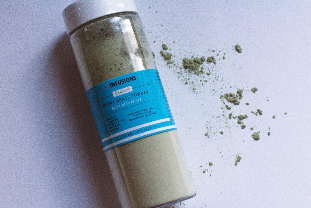 Organic Wheatgrass Powder from @TheholBox.