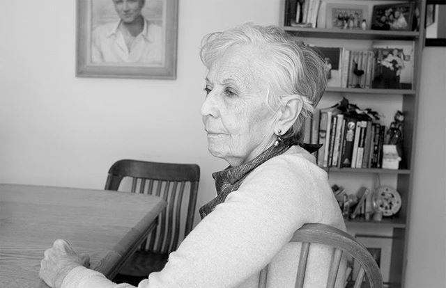 This week we talk to Thea Paoli and look back at her 80 years of life and how falling in love 4 years ago has changed her. 👉 Link in profile to listen to the full conversation. . . . . . . #life #lessonslearned #inspiration #conversationswithwomen #podcast #ihaveastory #sheisnotlost #womenforwomen #wisdom