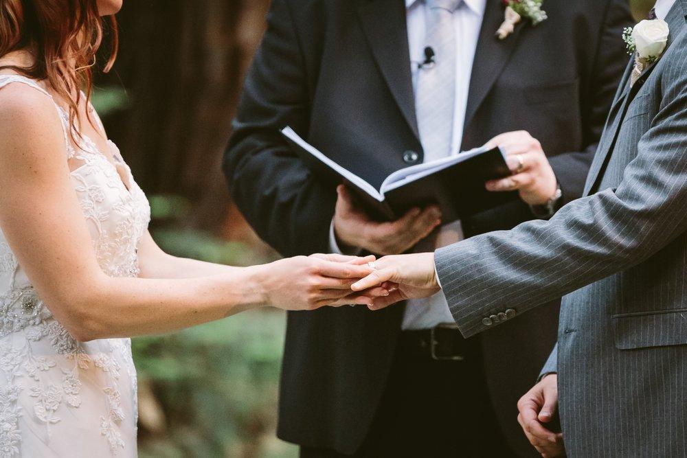 Wedding-Coordination-LuisOfficiant