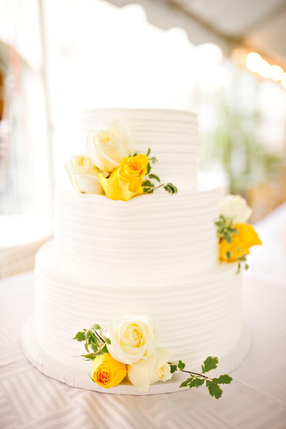 Wedding-Cake-Vanilla