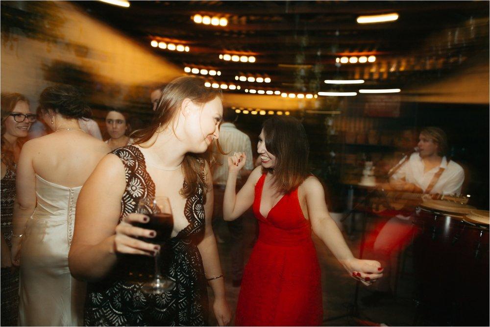 glasshaus-nursery-wedding_0103.jpg