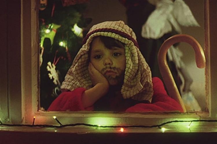 john lewis_Christmas_the long wait_crop[id_2073582].jpg