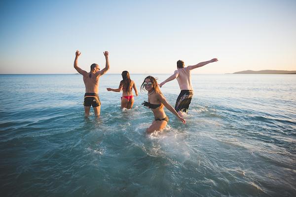 25_summer_beach_friends28.jpg