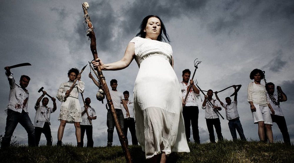 Eliza-Carthy-The-Wayward-Band-Big-Machine.jpg