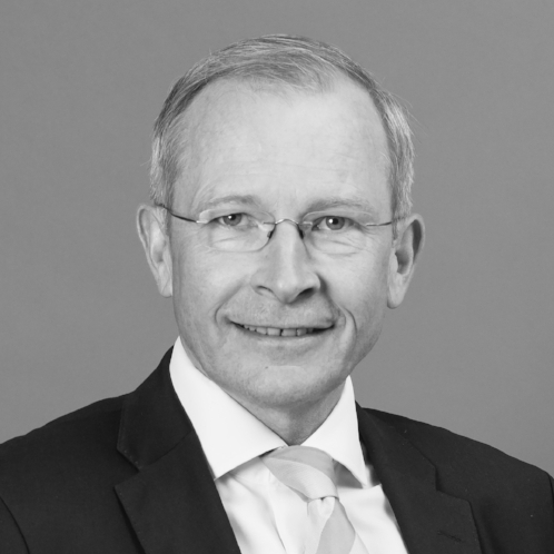Risto E.J. Penttilä   C.E.O.   C.E.O. of Finland Chamber of Commerce 2010-2017  Secretary General of the European Business Leaders' Convention 2002-  Member of the Finnish parliament 1994-99  Yale University (B.A.), Oxford University (D.Phil., M.Phil.)