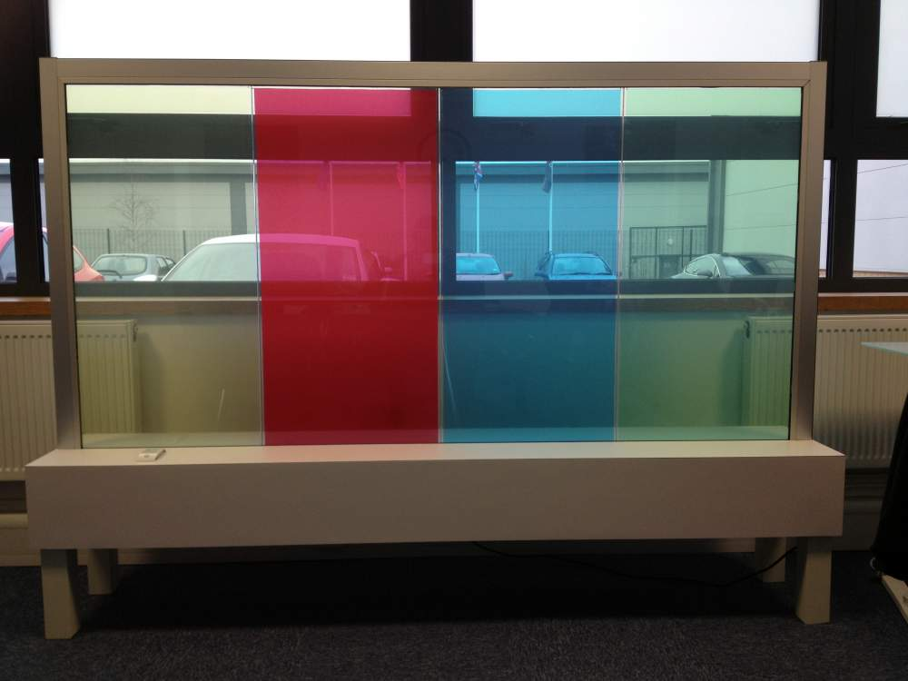 COLOUR TINT PRIVACY GLASS.jpg