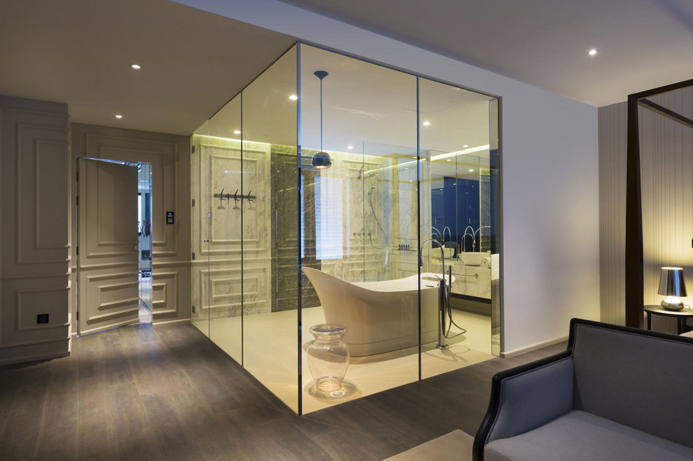 THE i-GLASS INSTALLATION GUIDE - Privacy at your Fingertips....
