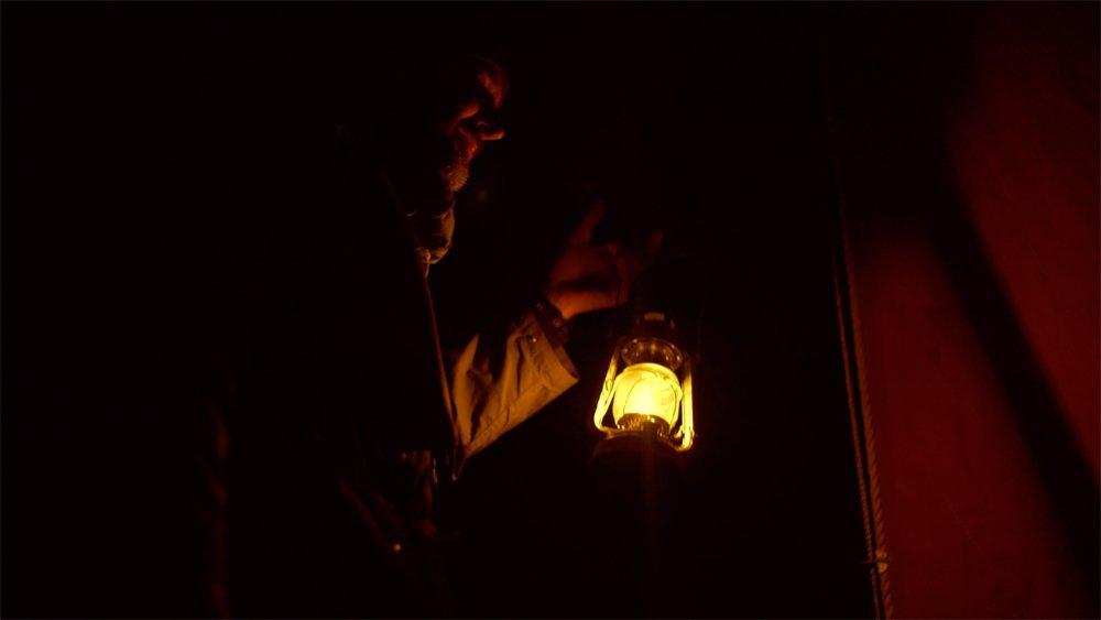 henry lamp.jpg