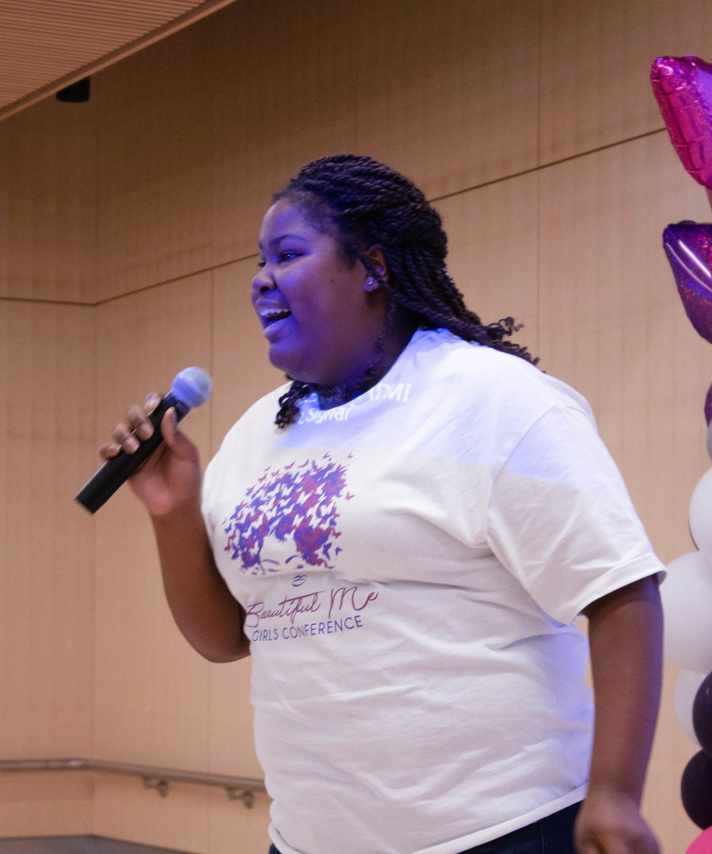 Conference attendee and aspiring rapper, J-Simone, drops some bars on the crowd!