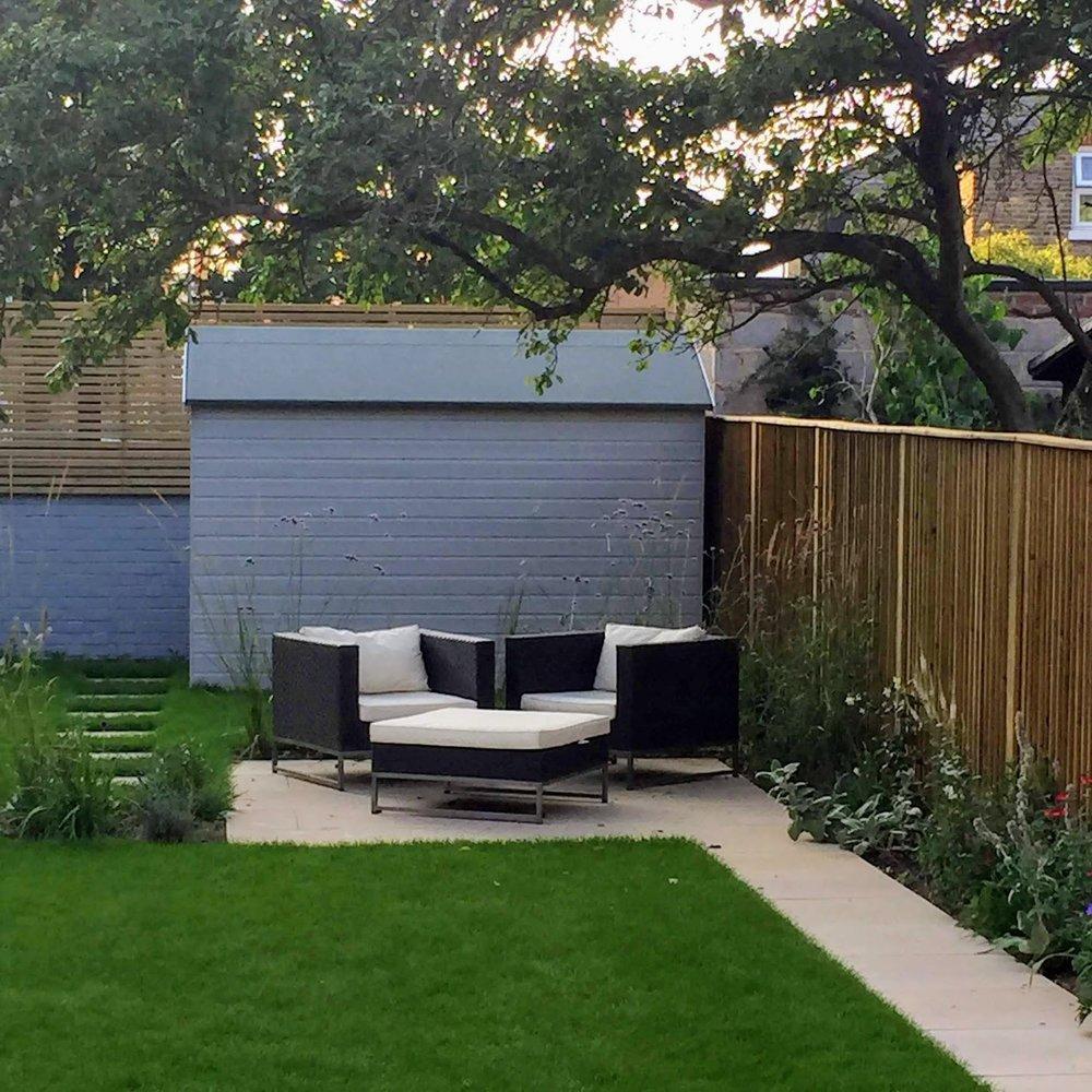 balham family garden -