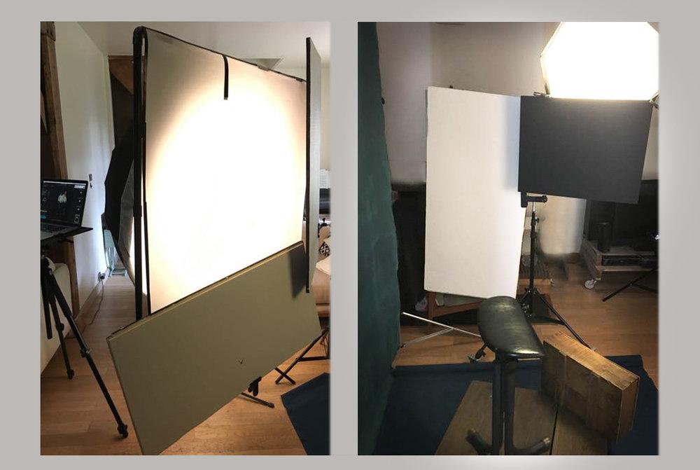 A gauche le carré de translum de 130 x 130 cm et les plaques de polystyrene. A droite un carton plume noir en coupe-flux et un réflecteur blanc sous le Profoto octa 2