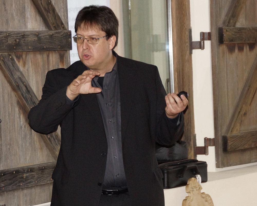 Prof. Dr. Oliver Budzinski