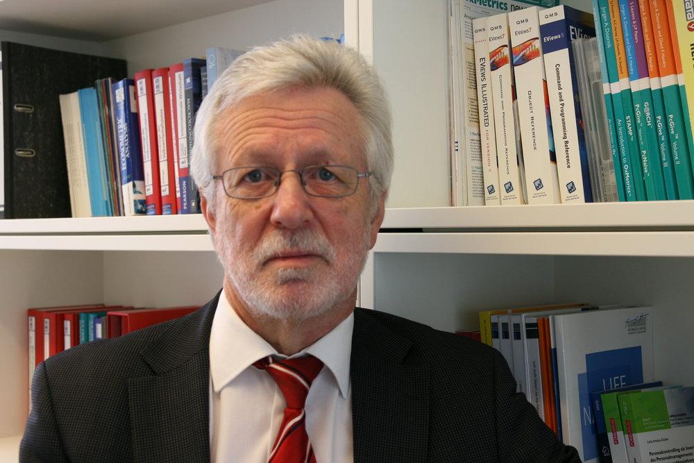 Prof. Dr. Heinz-Dieter Smeets