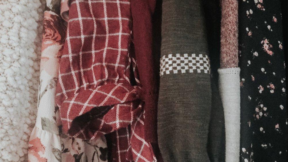 Capsule Wardrobe Part 1.jpg