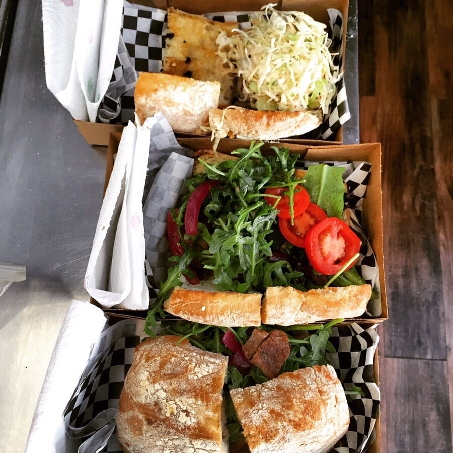 Pavy's Food Truck - Sandwiches