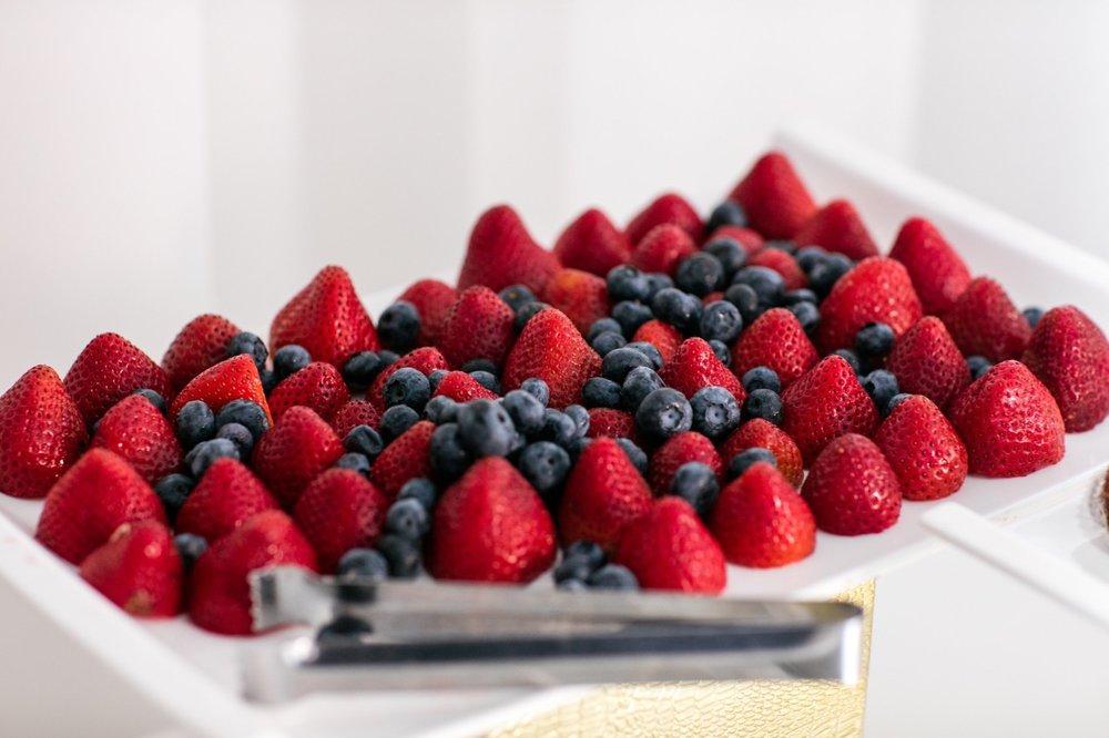 Aroma Catering Fruit.jpg