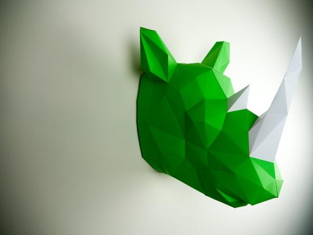 Paper-Trophy_3-640x480.jpg