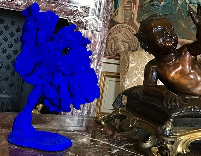 Who has heard of IKB blue?  The signature color of artist Yves Klein, the French artist, who might be the pioneer of performance art in the early 60's. He made sculptures out of his painting sponges and used human paintbrushes as well. His art is featured in an installation at Blenheim Palace, sprinkled amongst the artifacts of the Dukes of Marlborough.  #blenheimpalace #oxford #yvesklein