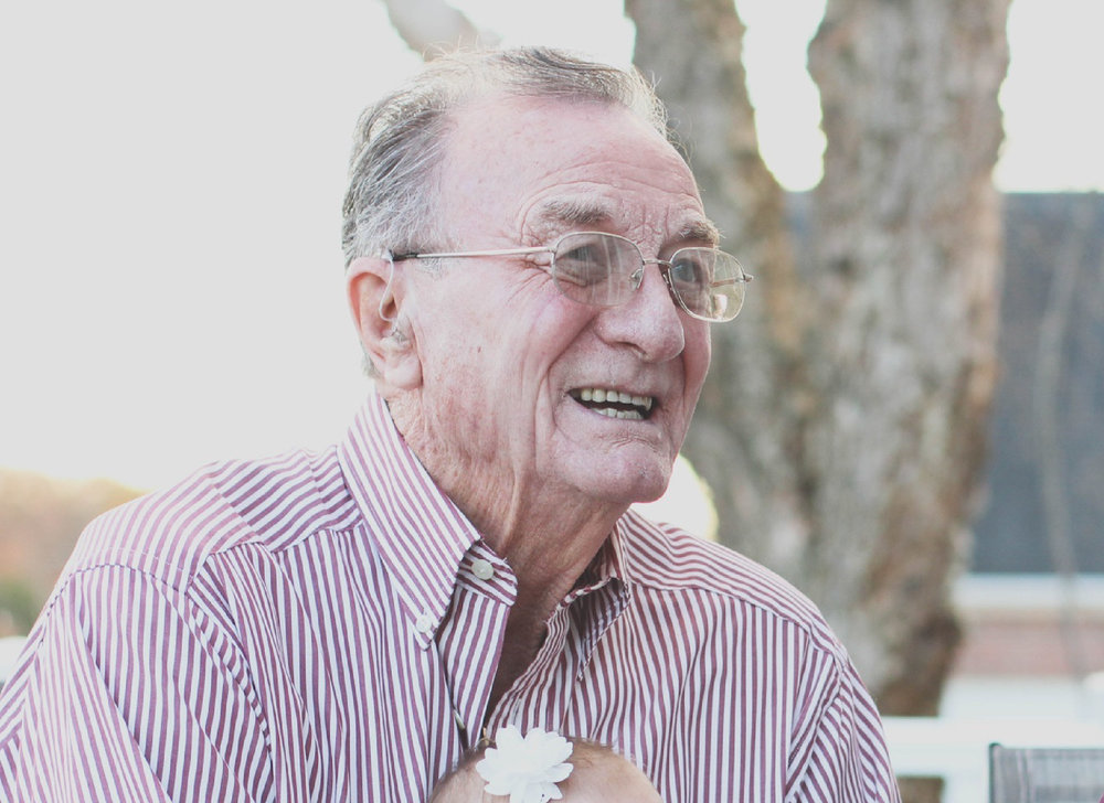 Elderly smile-01.jpg