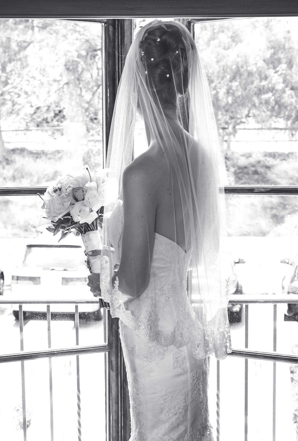 bride-window-bouquet-black-white.jpg
