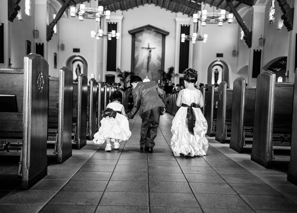 flower-girls-walking-down-aisle.jpg