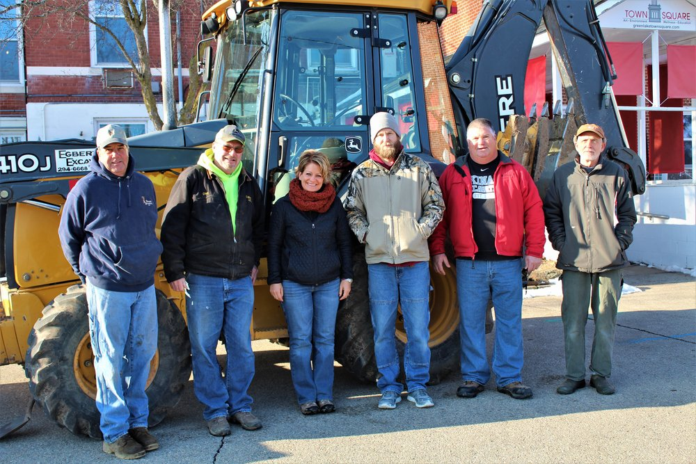 Mike Stagg (Stagg Builders), Dan Egbert (Egbert Excavating), Jennifer Hawley (Outdoor Impact), Clint Widlake (Grasee Electric), Bill Kinas (Kinas Excavating), and Steve Stahl (Stahl Plumbing) will work together to complete the first phase of the project by the end of the summer