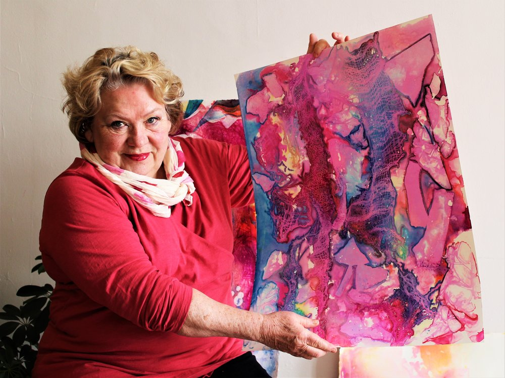 Create Beautiful Art in this One-Day Workshop!   Acrylic Layering Workshop    Register Today