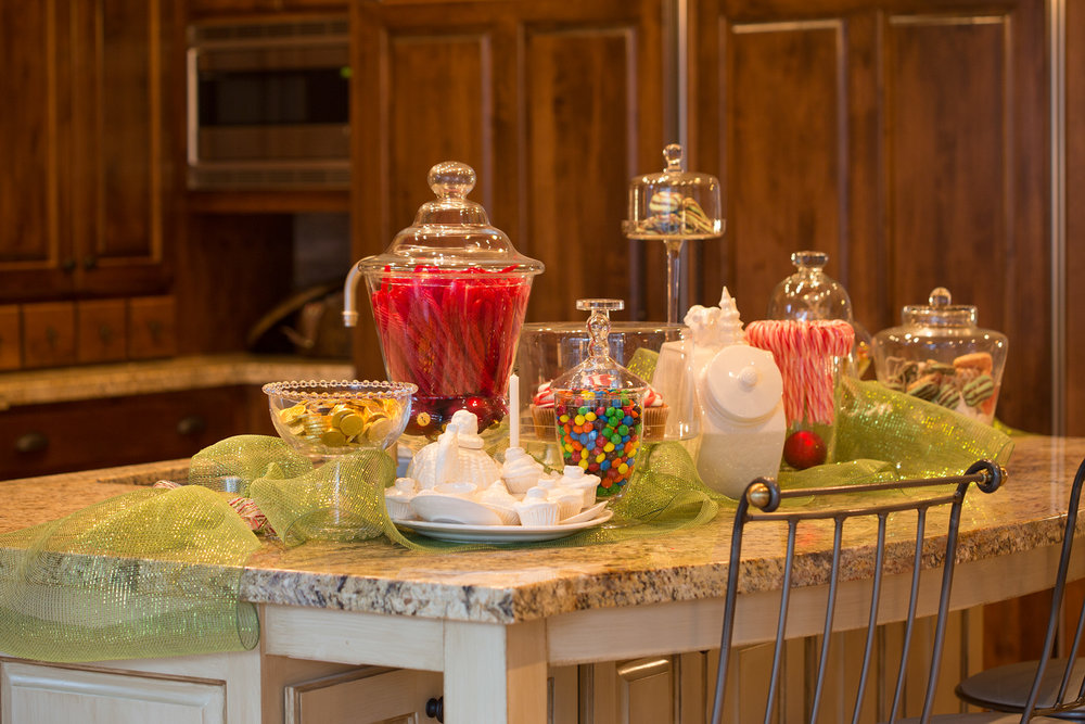 Lord Interior Design - Pete's Mountain Holiday Decorating-5.jpg