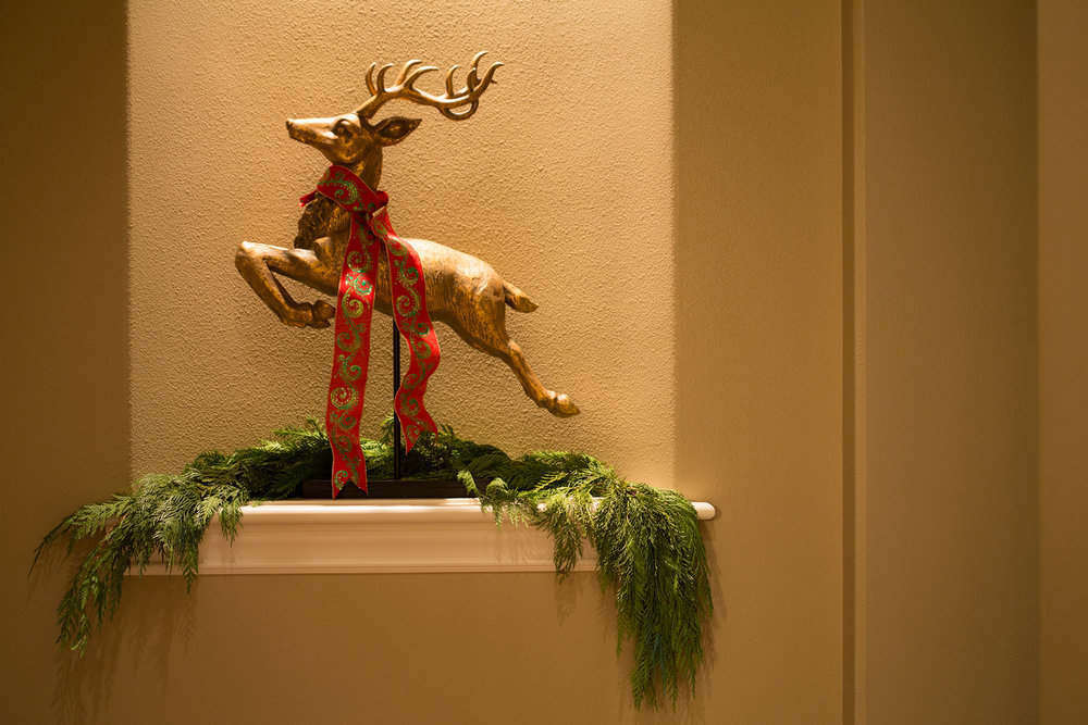 Lord Interior Design - Pete's Mountain Holiday Decorating-28.jpg