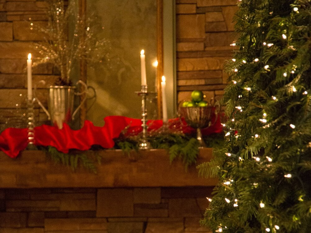 Lord Interior Design - Pete's Mountain Holiday Decorating-84.jpg