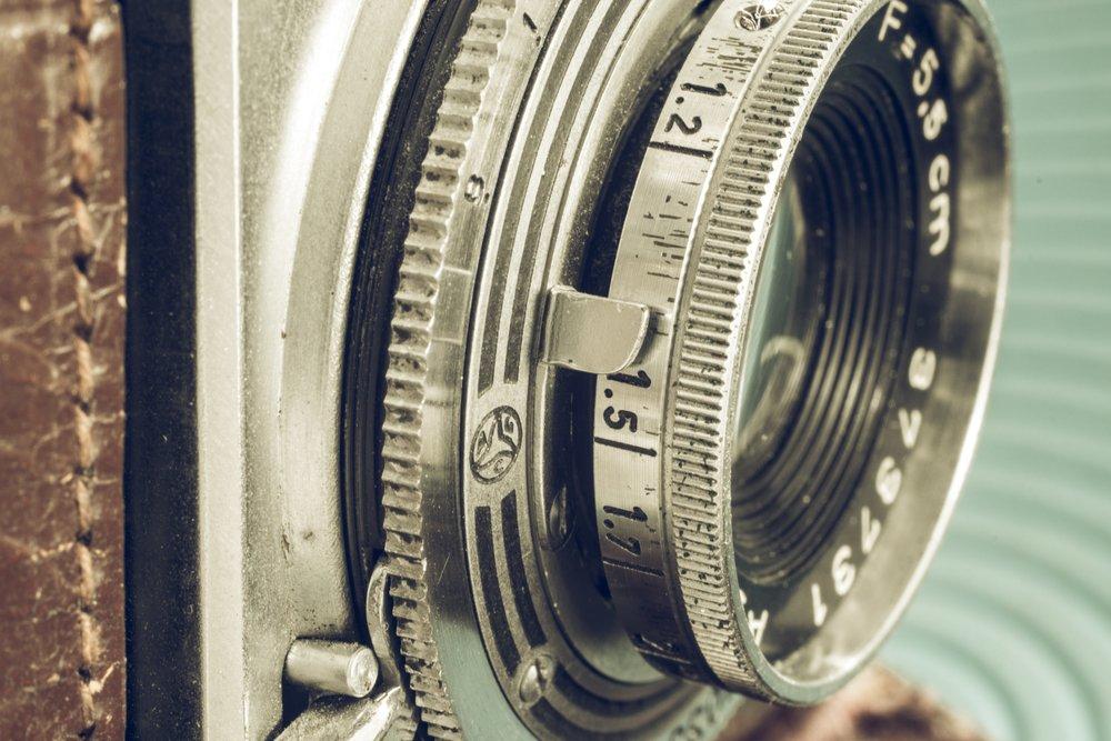 camera-1240243.jpg