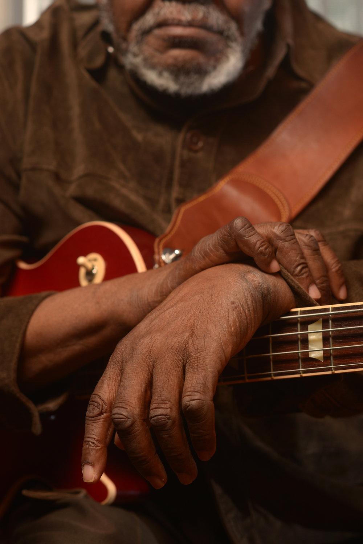 sherman-holmes-blues-apprenticeship_25514791164_o.jpg