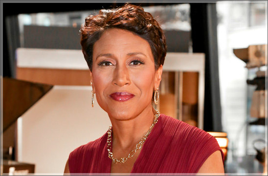robin-roberts-on-set.jpg
