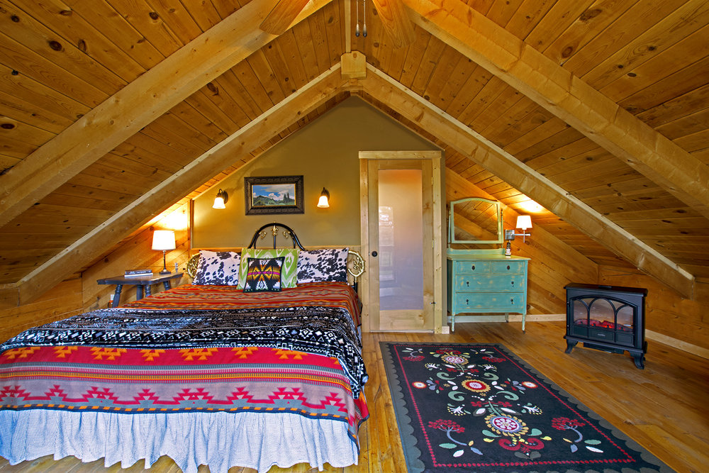 Alpine Upstairs Bedroom #3.jpg