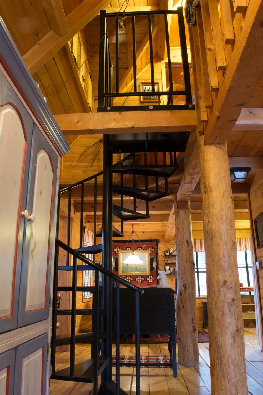 Acorn Cottage Spiral Staircase.jpg