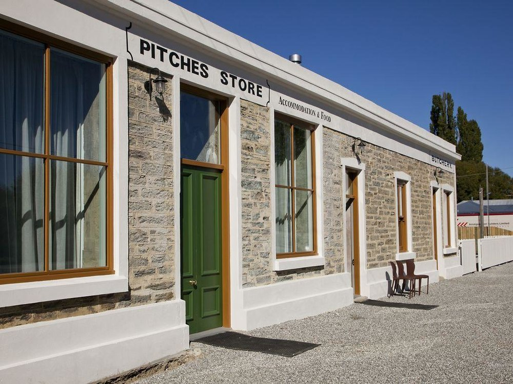 PITCHES STORE - Ophir, Central Otago