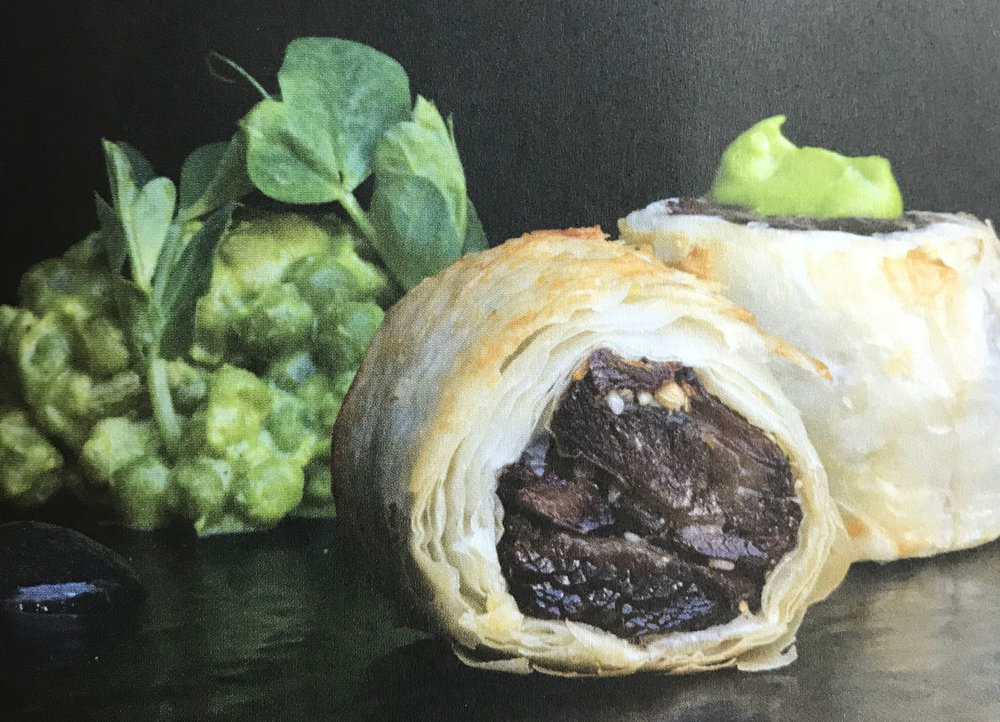 LAMB SAUSAGE ROLL WITH MINTED PEA PUREE - Serves 4