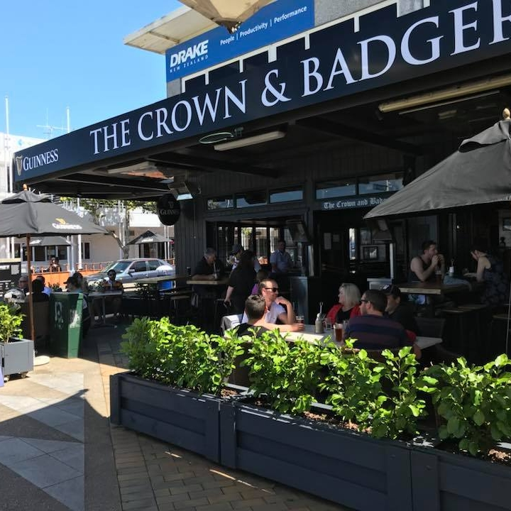 THE CROWN & BADGER - Tauranga, BOP