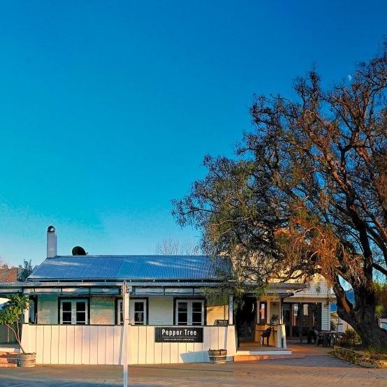 PEPPER TREE RESTAURANT - Coromandel Town, Coromandel