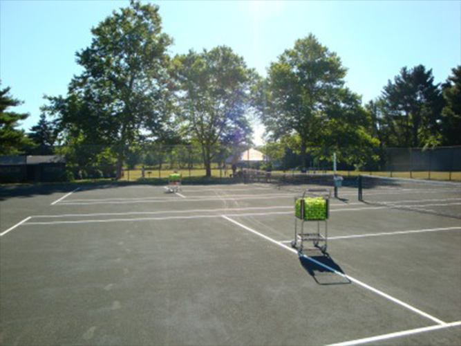 OutdoorCourts_01.jpg