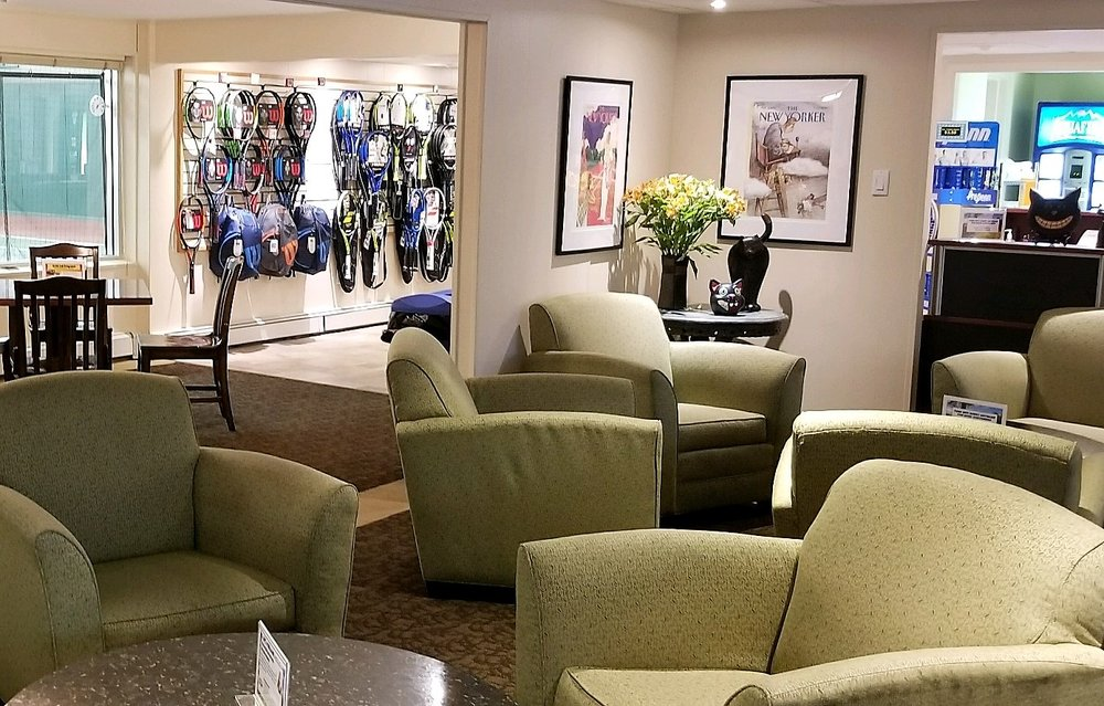 Lounge 2 (2).jpg